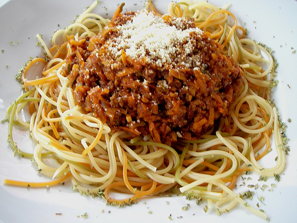 Как сделать спагетти с соусом болоньезе