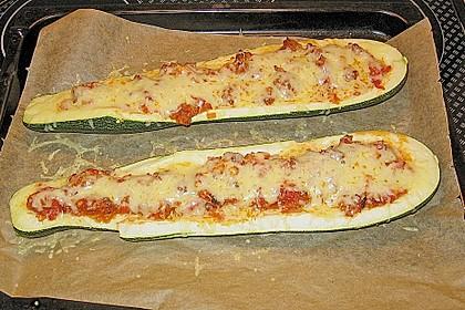 Gefüllte Zucchini 40