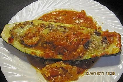Gefüllte Zucchini 82