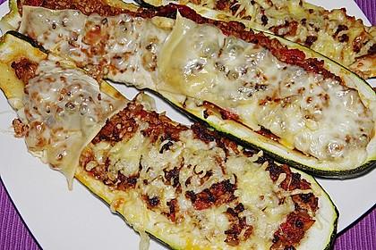 Gefüllte Zucchini 44
