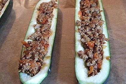 Gefüllte Zucchini 77