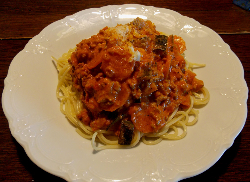 gem se bolognese spaghetti sauce von callista. Black Bedroom Furniture Sets. Home Design Ideas