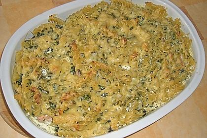 Nudelauflauf mit Spinat und Lachs 19