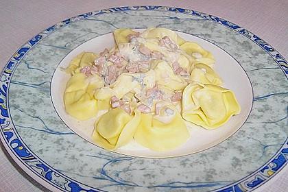 Tortellini in Gorgonzolasauce 2