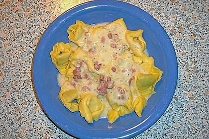Tortellini in Gorgonzolasauce 4