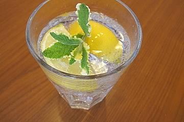 holunderbl ten limonade rezept mit bild von didite. Black Bedroom Furniture Sets. Home Design Ideas