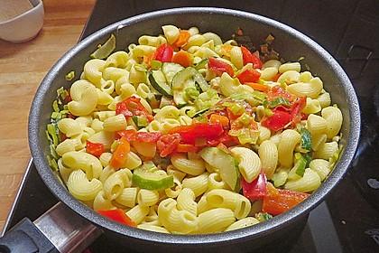 Bunte Gemüse - Nudel - Pfanne 1