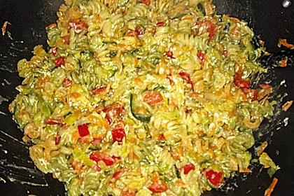 Bunte Gemüse - Nudel - Pfanne 10