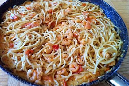Pasta mit Knoblauch - Tomaten - Shrimps 16