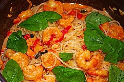 Pasta mit Knoblauch - Tomaten - Shrimps 1