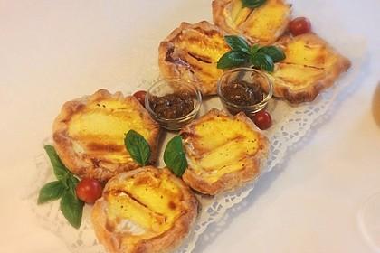 Quiches mit Camembert und Feigensenf 2