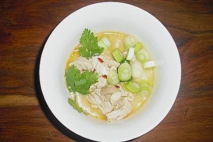 Tom Kha Gai - die berühmte Hühnersuppe mit Kokosmilch und Galgant 34