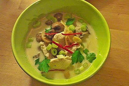Tom Kha Gai - die berühmte Hühnersuppe mit Kokosmilch und Galgant 18