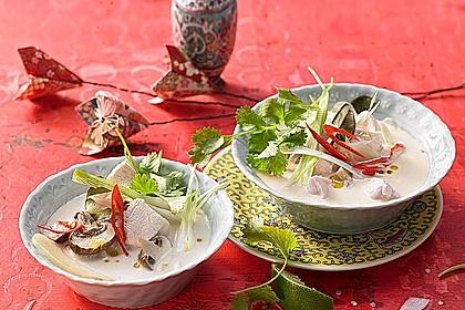 Tom Kha Gai - die berühmte Hühnersuppe mit Kokosmilch und Galgant 2