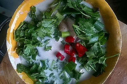 Tom Kha Gai - die berühmte Hühnersuppe mit Kokosmilch und Galgant 45