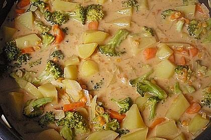 Kartoffel-Brokkoli-Curry mit Kokosmilch 7