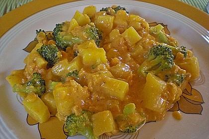 Kartoffel-Brokkoli-Curry mit Kokosmilch 5
