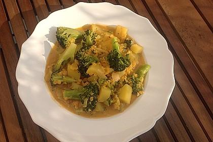 Kartoffel-Brokkoli-Curry mit Kokosmilch 17