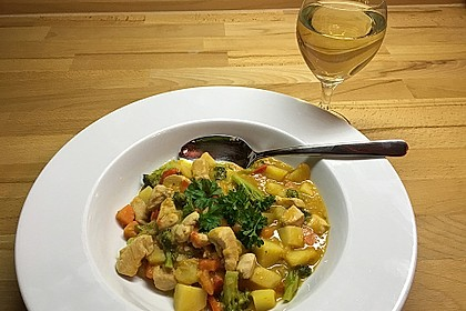 Kartoffel-Brokkoli-Curry mit Kokosmilch 15