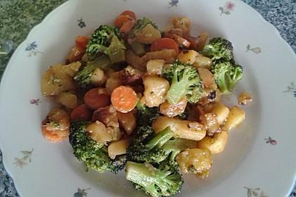 Kartoffel-Brokkoli-Curry mit Kokosmilch 37
