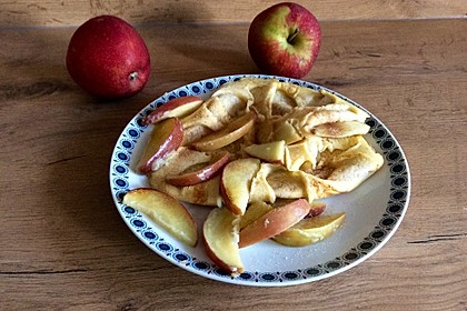 Himmlisch zarte Apfelpfannkuchen 14