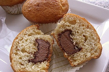 low fat bananenmuffins mit nutellakern. Black Bedroom Furniture Sets. Home Design Ideas