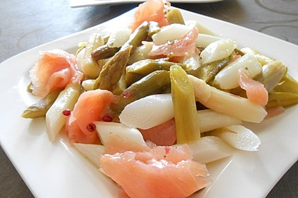 Spargel - Salat mit Räucherlachs und rosa Pfeffer 1
