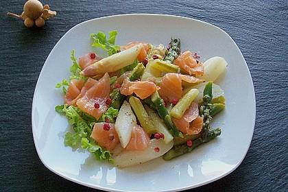 Spargel - Salat mit Räucherlachs und rosa Pfeffer