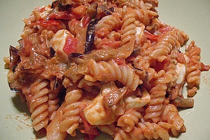 Fusilli mit Auberginen und Mozzarella 10