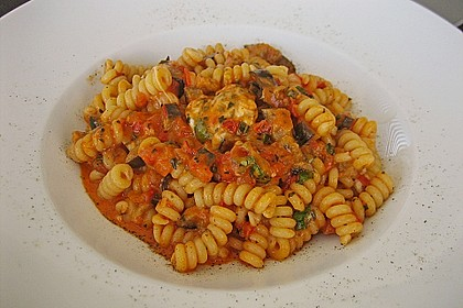 Fusilli mit Auberginen und Mozzarella 1