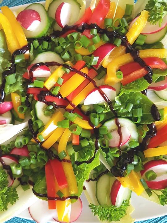 paprika tomaten salat rezepte suchen. Black Bedroom Furniture Sets. Home Design Ideas