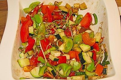 Zucchini - Tomaten - Paprika - Salat 12