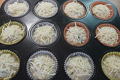 Kräuter - Knoblauch - Zucchini - Muffins 2