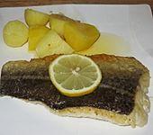 Gegrillter Fisch in Zitronenbutter