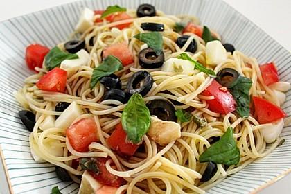 Lauwarmer Spaghetti - Salat à la Mariaka