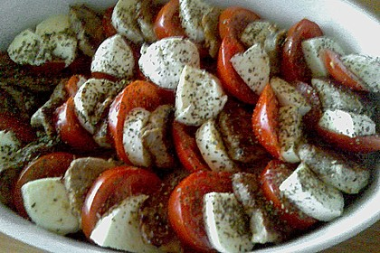 Tomaten-Mozzarella-Gratin mit Schweinemedaillons 2