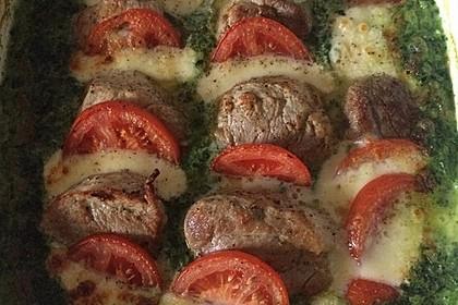Tomaten-Mozzarella-Gratin mit Schweinemedaillons 1