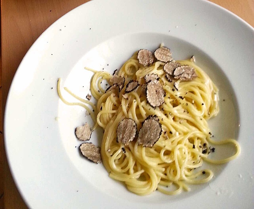 Pasta mit schwarzen Trüffeln (Rezept mit Bild) von francette | Chefkoch.de
