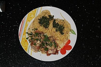 Schweinemedaillons im Parmaschinkenmantel mit Steinpilz - Gorgonzola - Sauce 39