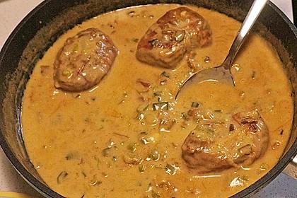 Schweinemedaillons im Parmaschinkenmantel mit Steinpilz - Gorgonzola - Sauce 29