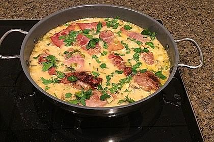 Schweinemedaillons im Parmaschinkenmantel mit Steinpilz - Gorgonzola - Sauce 5