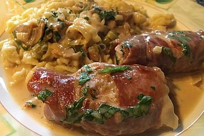 Schweinemedaillons im Parmaschinkenmantel mit Steinpilz - Gorgonzola - Sauce 51