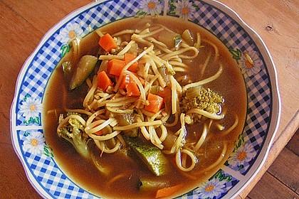 Nudelsuppe mit Gemüse 3