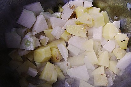 Kohlrabisuppe mit Kartoffeln 11