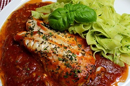 Rotbarschfilet in Tomatensauce 1