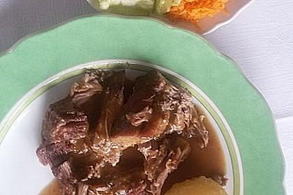 Fränkischer Schweinebraten mit dunkler Brotsoße 44