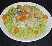 Grüne Bandnudeln zu Fenchel - Austernpilz - Sauce (Bild)