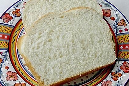 Goldener Toast 68