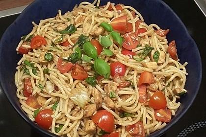 spaghetti salat mit mozzarella und tomaten rezept mit bild. Black Bedroom Furniture Sets. Home Design Ideas