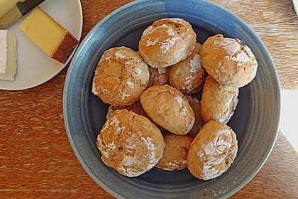 Kartoffelbrötchen mit genialer Kruste 27